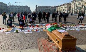 In piazza Galimberti il grido d'aiuto della val Vermenagna colpita dall'alluvione: ''Così si muore''