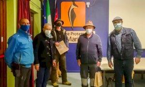 Il rifornimento viveri ai rifugi delle Alpi Marittime con i muli fa notizia anche in Germania
