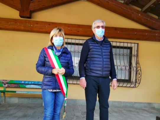 Frabosa Soprana, i consorzi del Bra e del Raschera hanno premiato i nati 2019