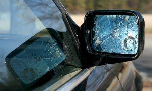 Mondovì, incidenti 'combinati' per truffare l'assicurazione: condannati due rumeni