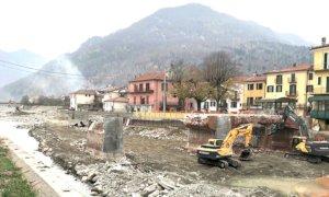 Garessio, abbattuto il ponte Odasso: proseguono i lavori per la passerella provvisoria