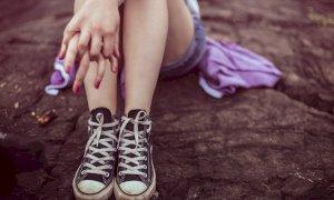 Cessione di droga alla figlioccia minorenne, assolto un pregiudicato