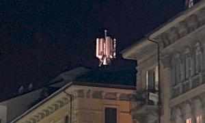 Spunta un'antenna dai tetti di corso Nizza. Il consigliere Lauria: 'Il sindaco spieghi se si tratta di 5G'