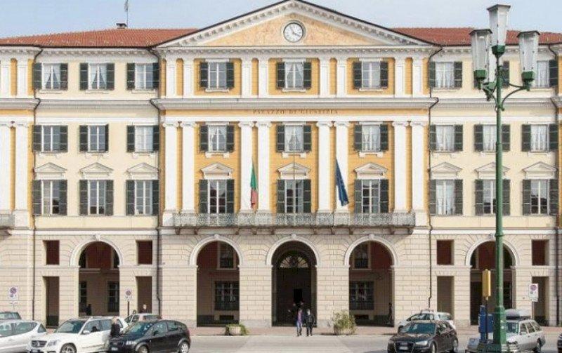 Processo 'Momo', accuse ai presunti caporali del Saluzzese: ''I braccianti costretti a restituire metà paga''