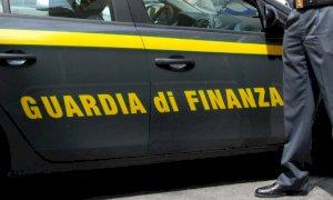 Vignolo, accuse contro un finanziere: ''Mi ha puntato una pistola contro e malmenato''