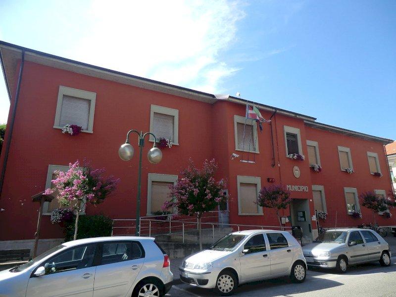 Botta e risposta tra il sindaco di Beinette e Fratelli d'Italia: ''I contributi alle famiglie? Soldi dello Stato''
