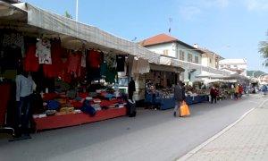 Borgo San Dalmazzo, il mercato torna 'a pieno regime': banchi ancora in via Boves e piazza Martini