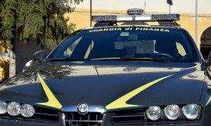 La Guardia di Finanza sequestra 700 prodotti di dubbia provenienza