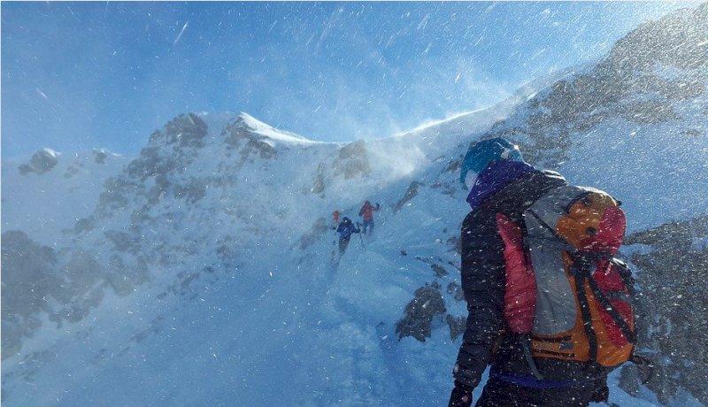La Regione: ''Sci alpinismo e sci di fondo sono consentiti''