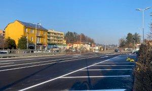 Bra, altri 52 posteggi gratuiti dalla copertura dei binari in via Vittorio Veneto
