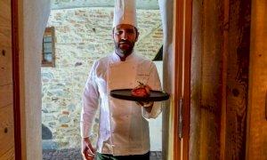L'appello di chef e pasticceri a ordinare un menu della tradizione o il dolce delle feste (VIDEO)