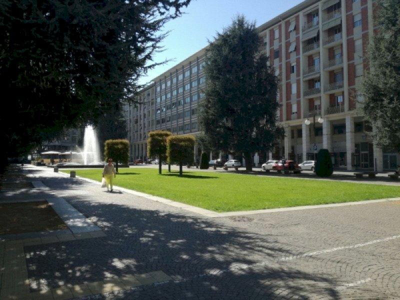 Piazza Europa, lo scontro s'infiamma: ''La maggioranza non sa cosa approva in Consiglio comunale''