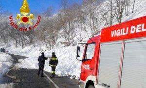 Paesana, valanga travolge un'auto: nessun ferito