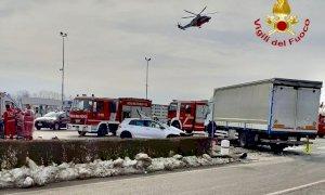 Scontro tra auto e camion a Morozzo, c'è un ferito grave