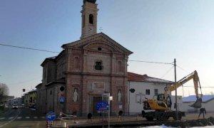 Castelletto, al via i lavori per il sagrato della chiesa