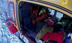 Scialpinista ferito sul monte Berlino, recuperato dal Soccorso Alpino