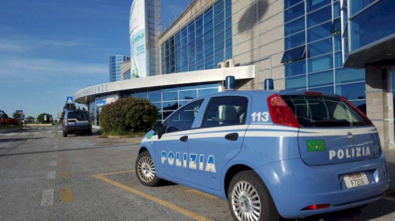 Perseguitava i titolari della scuola di volo di Levaldigi, condannato un ex istruttore