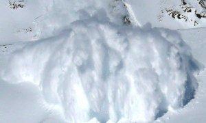 Valanga ad Acceglio, disperso uno scialpinista