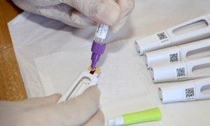 Coronavirus, scende ancora il tasso di positività su tamponi e test rapidi: in Piemonte è al 3,2%