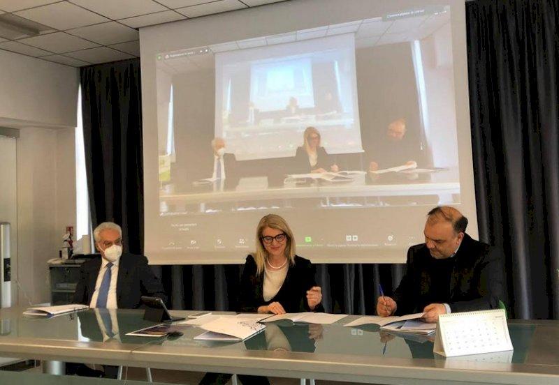Siglato un accordo per la 'digital transformation' tra Confindustria Cuneo e CIM4.0