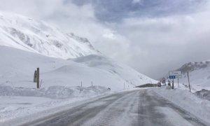 Prevista neve, da stasera chiude al traffico il colle della Maddalena