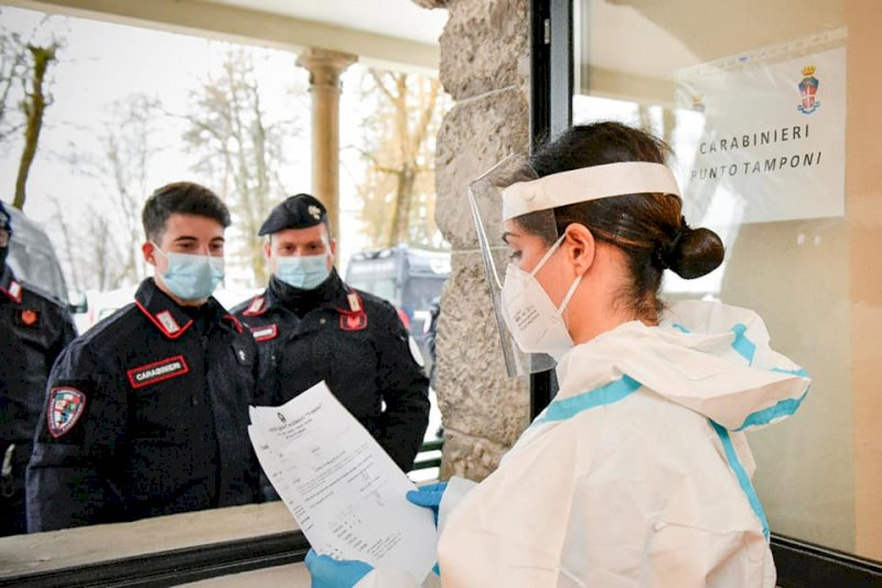 Domani le prime somministrazioni di vaccini anti-Covid per Carabinieri, Polizia di Stato ed Esercito