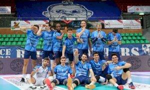 Pallavolo A2/M, tris di vittorie per Cuneo: continua il momento magico dei biancoblu