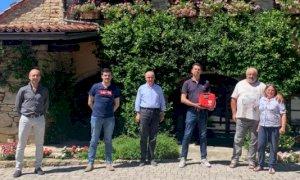 A Cortemilia un nuovo defibrillatore in piazza Savona