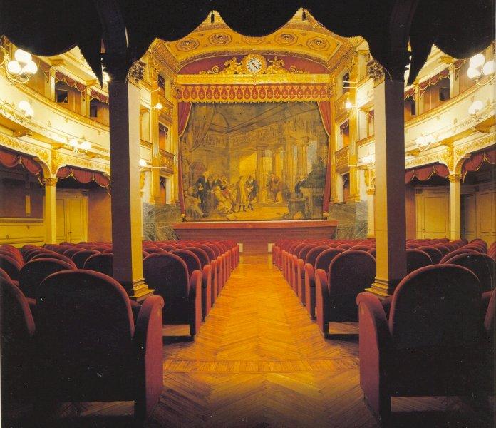 Cuneo, il Teatro Toselli aderisce alla campagna 'Facciamo luce sul teatro!'