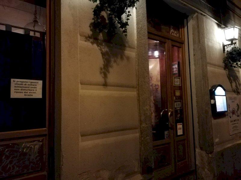 Il 'caso Lucertolo's' approda in Consiglio comunale: ''Chi lavora fa rumore, i locali vanno tutelati''