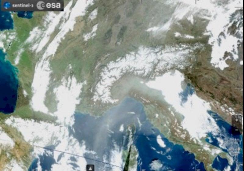Polvere e sabbia dal Sahara in Piemonte: livelli di PM10 elevati anche in montagna