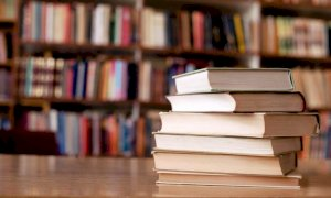 A Beinette la biblioteca porta i libri a casa a chi è in quarantena