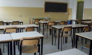 ''Le famiglie pagano da sole il costo economico e sociale della chiusura delle scuole per il Covid''