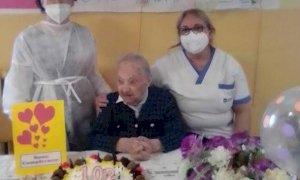 Bra, nonna Anna taglia il traguardo dei 102 anni nella Rsa 'Montepulciano'