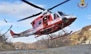 L'elisoccorso recupera quattro escursionisti in difficoltà a Pontechianale