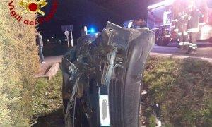 Frontale tra due auto a Trinità, tre feriti lievi