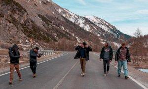 Bear Surfboards sceglie le valli del Cuneese per la campagna pubblicitaria