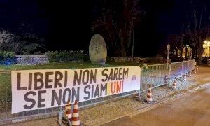 Cuneo, nella notte lo striscione di Casapound: