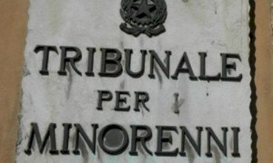 """Il giudice ha deciso: tornano dalla madre due dei quattro """"fratellini di Cuneo"""""""