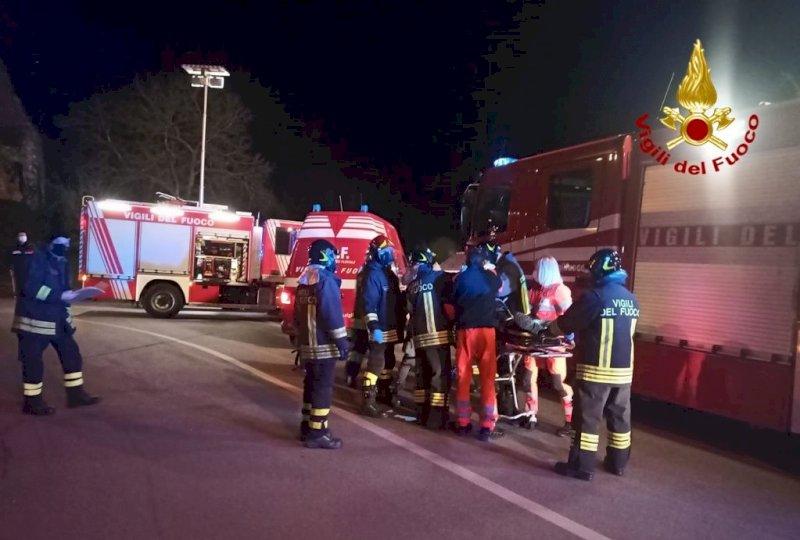 Precipita dal muretto del castello di Villafalletto: soccorso dopo una caduta di oltre cinque metri