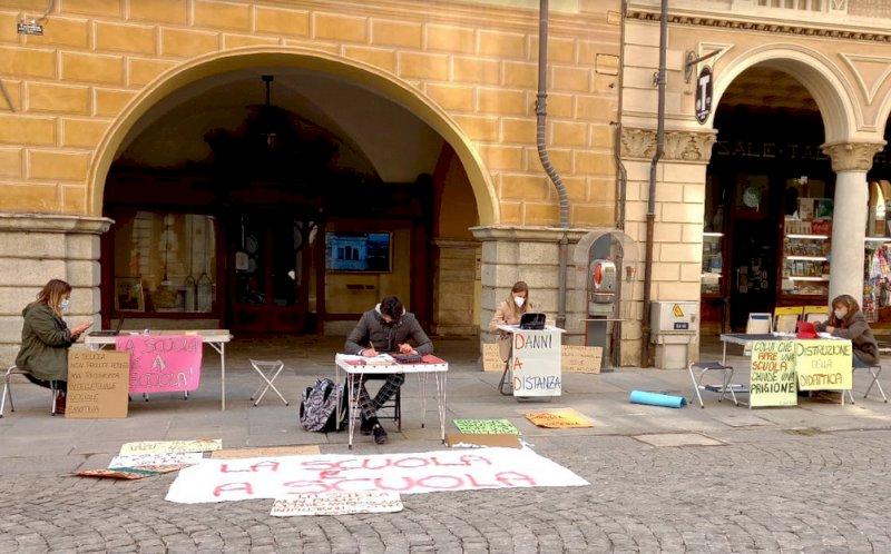 Al via tre giorni di manifestazioni per la riapertura delle scuole in provincia di Cuneo