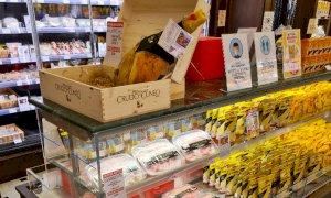 La nuova confezione del Crudo di Cuneo DOP arriva per la prima volta nel negozio Biraghi di Torino