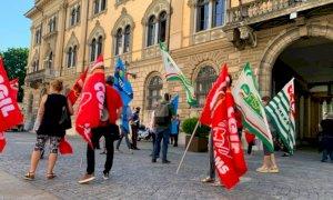 Mesi di mobilitazione organizzata, ma i lavoratori del comparto multiservizi restano al palo