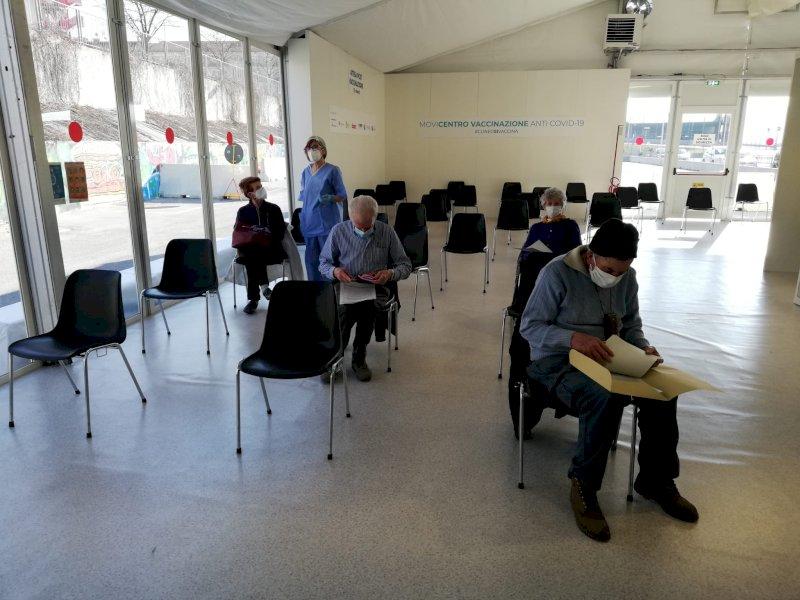 Coronavirus, 676 positivi nel comune di Cuneo: dall'inizio della pandemia sono 164 le vittime