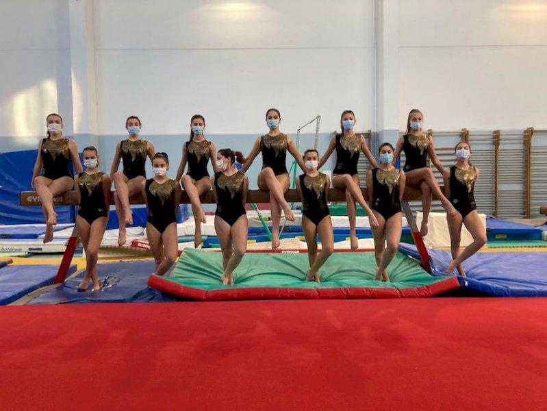 Le atlete della Cuneoginnastica impegnate a Chieri
