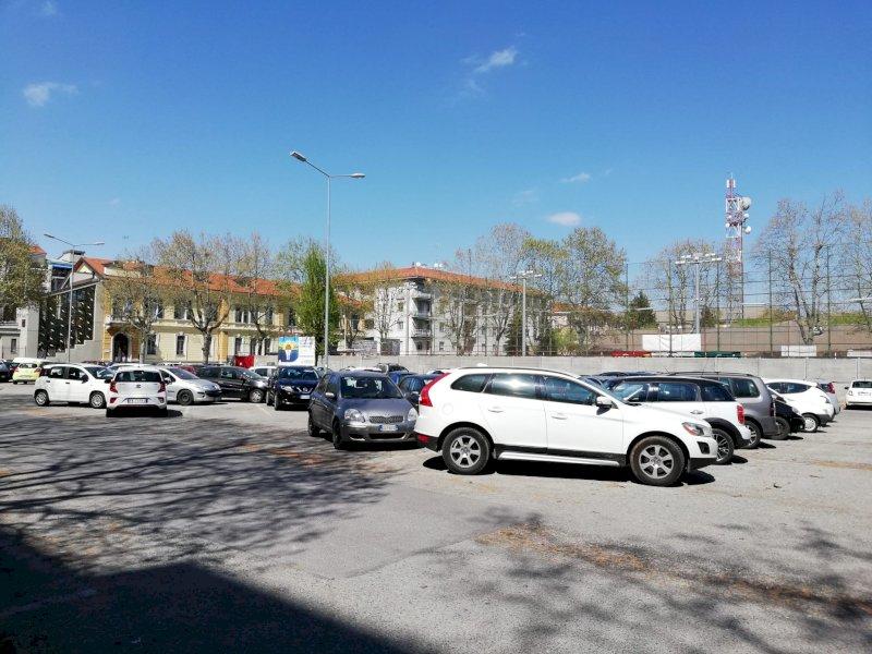 Cuneo, un mese di arresto per un ambulante senegalese: aveva violato il foglio di via