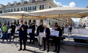 """Cirio agli ambulanti di Cuneo: """"Se aprono negozi e centri commerciali possono farlo anche i mercati"""""""