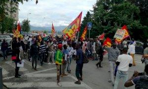 Sabato mattina la protesta dei lavoratori del mondo agricolo piemontese davanti alla Prefettura di Cuneo