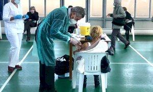 A Garessio tra i vaccinatori c'è anche il sindaco ed ex Ministro Ferruccio Fazio