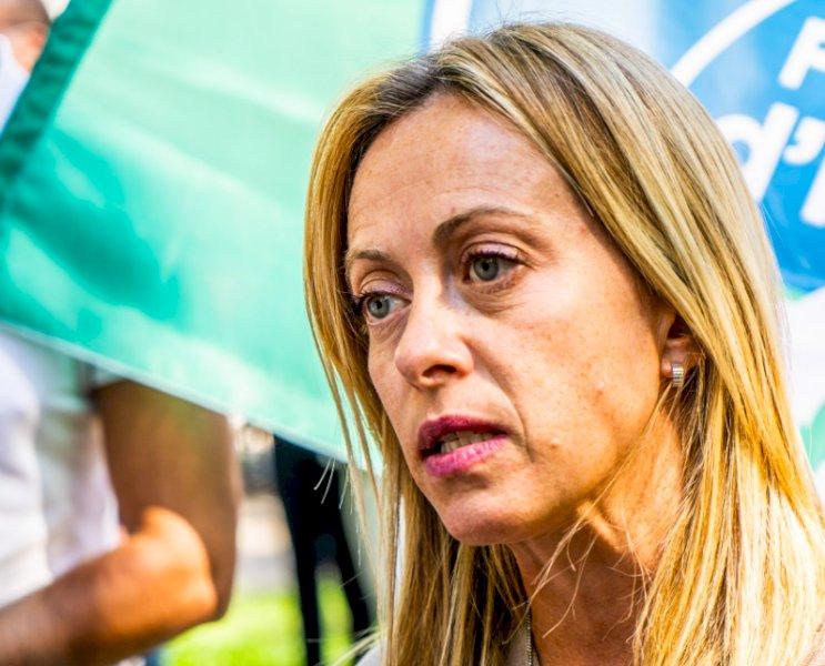 """Politica, ci scrive un gruppo di militanti di FdI: """"Ecco perché sosteniamo l'azione di Giorgia Meloni"""""""